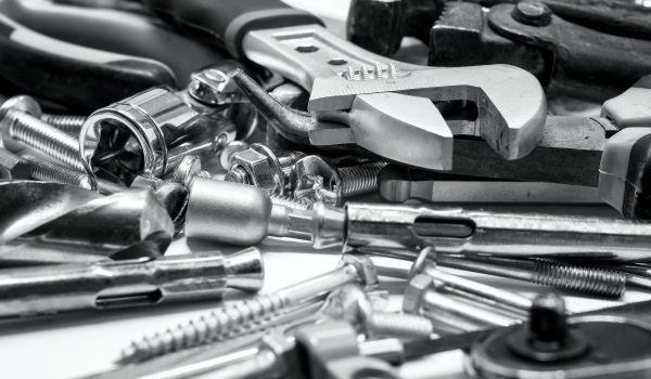 Материалы и сырье, техническое оборудование и инструмент